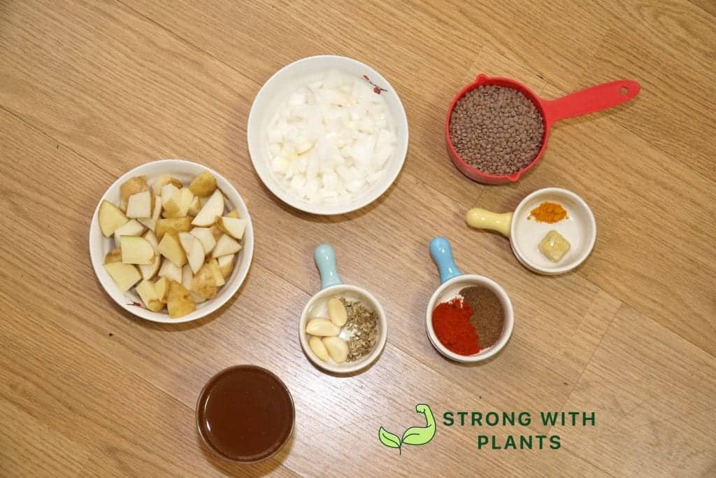 Simple Whole Food ingredients for Brown Lentil Soup you can find in your pantry.