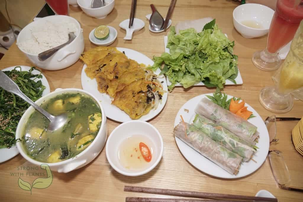 Ha Noi Vietnam: Delicious Traditional Vietnamese Dishes at Loving Hut