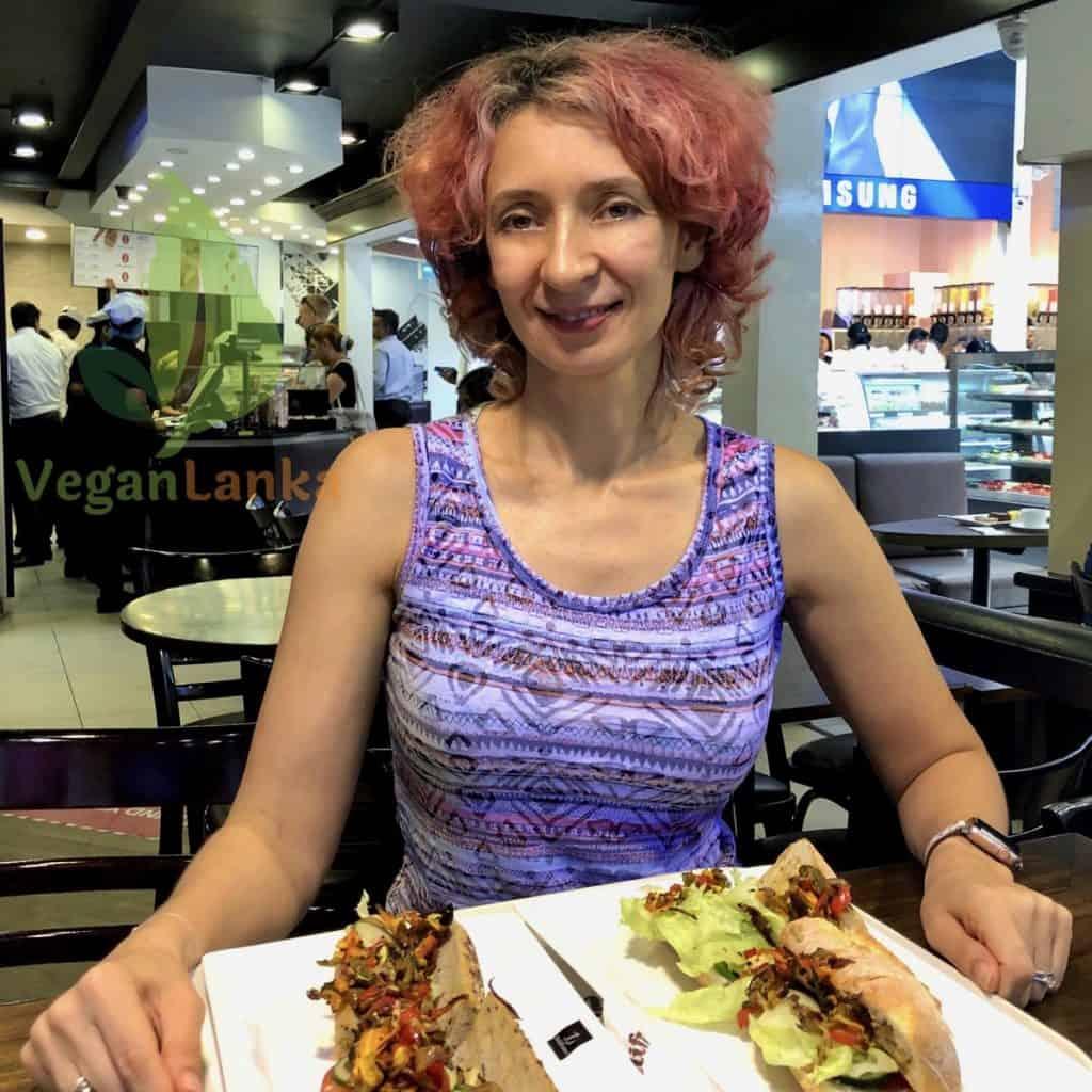 Deli France (Odel) - Vegan Food Options in Colombo
