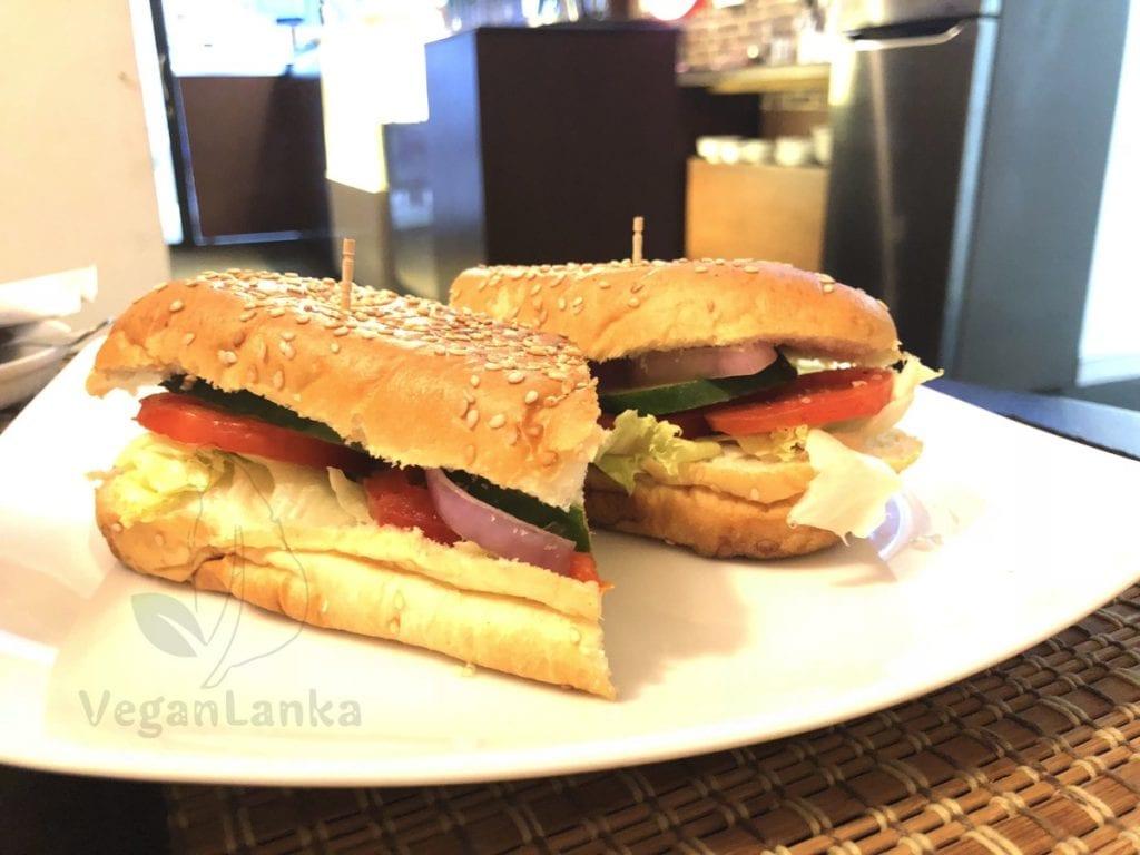 Café La Defense - Cafe with Vegan Options in Colombo