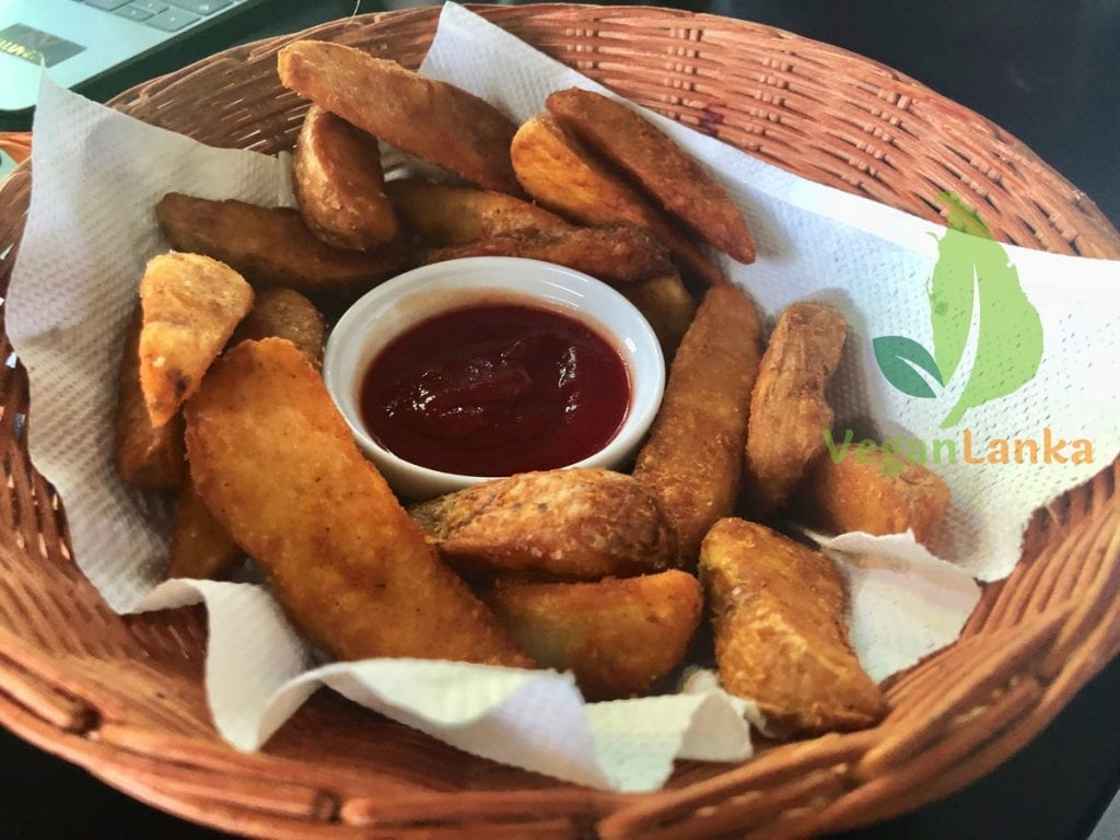 Coco Veranda - Cafe with good Chips in Nawala