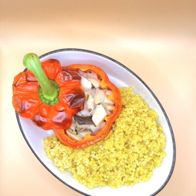 Peppers Stuffed with Onion and Mushroom